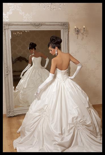 Kiss the Bride - For Exquisite Wedding Gowns in Kent